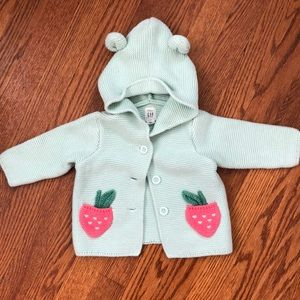 adorable knit baby gap buttoned sweater